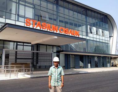 Plafon – Stasiun Cisauk